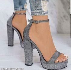 Nordstrom Heels – silver glitter chunky platform heels / ankle stra… Nordstrom Heels – silver glitter chunky platform heels / ankle strap / women's shoes from… Fashion Heels, Sneakers Fashion, Hype Shoes, Sneakers Mode, Work Sneakers, Fresh Shoes, Fancy Shoes, Prom Heels, Cute Heels