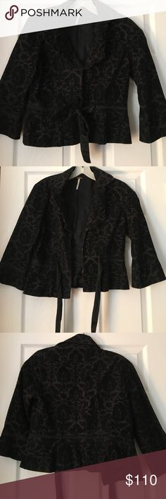 Free People black velvet cropped jacket! Free People black velvet cropped jacket! Sz 6 Free People Jackets & Coats Blazers