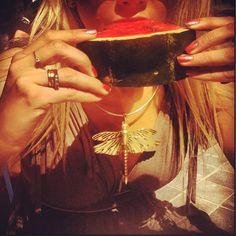 Good morning sunshine ☀#breakfast #watermelon #sun #sunshine #dress #lecolenational #ioaku #jewellery #jewelry #dragonfly #gold #fashion #trend #statement
