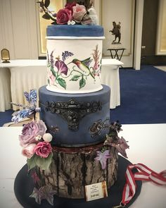 Hand painted enchanting Forest cake / Kutlama Pastası dalında gümüş madalya alan pastam     And a silver medal for celebration cakes...