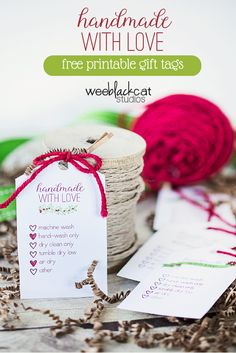 handmade with love free printable tags I'm going to use these for the handmade gifts this Christmas with kraft wrapping paper!