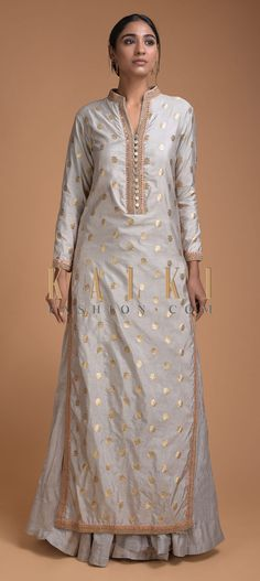 Smoke Grey Lehenga And Long Kurta With Weaved Floral Buttis And Embroidery Work Online - Kalki Fashion Long Kurta Designs, Silk Kurti Designs, Kurta Designs Women, Kurti Designs Party Wear, Lehenga Designs, Long Kurta With Lehenga, Long Kurti With Skirt, Plain Lehenga, Kurta Lehenga
