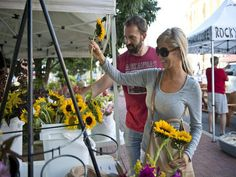 Fun Events this weekend in #NWARK ~ First Friday ~ Razorback Greenway ~ #Arts&Crafts http://bit.ly/1HYa3vS