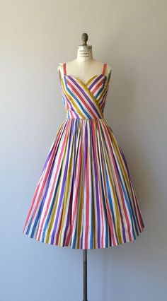 Vintage Henry Rosenfeld cotton dress with colorful stripes, cross bodice, fitted waist, narrow shoulder straps, full skirt and metal back zipper. Vintage 1950s Dresses, Vestidos Vintage, Vintage Outfits, Vintage Clothing, Look Retro, Look Vintage, Lovely Dresses, Day Dresses, 1950s Fashion