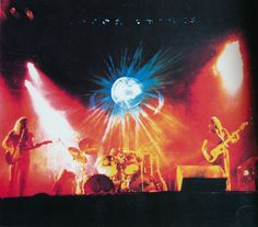 Pink Floyd Live at Festhalle Frankfurt, Germany . Great Bands, Cool Bands, Musica Punk, 1970s Bands, Pink Floyd Concert, Pink Floyd Live, Classic Blues, Where Is My Mind, Psychedelic Music