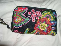 """NWT Vera Bradley """"Symphony in Hue"""" Zip Around Wallet. Starting at $15 on Tophatter.com!"""