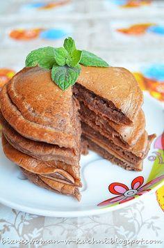 Bizneswoman w kuchni: Czekoladowe pancakes z jogurtem Pancakes, Sandwiches, Drink, Breakfast, Recipes, Food, Morning Coffee, Beverage, Essen