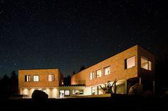 Kaminoge house by Naoya Kawabe architect & associates.  Multi-dwelling apartments. http://www.archello.com/en/project/kaminoge-house