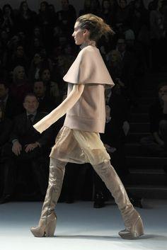 Vera Wang boots (via WWD)