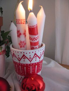 Scandinavian Christmas candles- sharpie on cheap whites? Norwegian Christmas, Danish Christmas, Christmas Candles, Noel Christmas, Scandinavian Christmas, Christmas Is Coming, Winter Christmas, All Things Christmas, Christmas Crafts