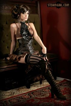 A guide to Steampunk fashion: costume tutorials, Steampunk clothing guide, cosplay photo gallery, updated calendar of Steampunk events, and more. Steampunk Cosplay, Steampunk Mode, Chat Steampunk, Steampunk Accessoires, Style Steampunk, Victorian Steampunk, Steampunk Clothing, Steampunk Fashion, Steampunk Lingerie