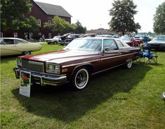 1976 Buick Electra 225 Limited Landau Coupe - Definitely the ultimate Buick for 1976; almost, if not outdoing Cadillac.