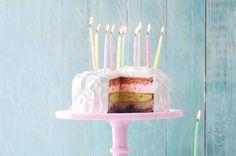 Supertaart voor een kinderfeestje: met alle kleuren én alle smaken van de regenboog - Recept - Rainbowtaart - Allerhande #party #partytime #partyhard #love #instagood #smile #dance Cake Cookies, Cupcake Cakes, Cupcakes, Cookie Desserts, Dessert Recipes, Party Hard, Green Cake, Sweet Bakery, Cool Birthday Cakes