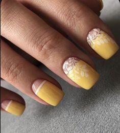 Trendy Nail Art, Stylish Nails, Nail Art Hacks, Fancy Nails, Cute Nails, Cute Summer Nail Designs, Gel Nagel Design, Yellow Nail Art, Modern Nails