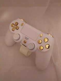 PlayStation 4 Console - Video Games - Ideas of Video Games - Play Free Web Games: Ideas of Play Free Web Games: Jeux Xbox One, Xbox One Games, Ps4 Games, Ps4 Controller Custom, Game Controller, Control Ps4, Manette Xbox One, We All Mad Here, Ps Wallpaper