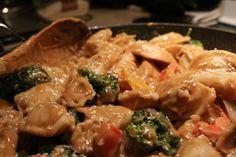 Envie d'une #sauce aux #arachides pour accompagner vos dumplings ou vos rouleaux de printemps? Bon dimanche! #recette