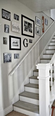 There's nothing new about displaying photos on a wall by the stairs, but when you're showing them off in an array of frames, you've created a stairway with a wow factor! ------------- #stairway #steps #stairs #diy
