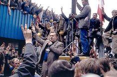 """Lech #Walesa, electricista en los astilleros de Gdansk y uno de los fundadores de """"Solidarnosc"""" fue galardonado con el Premio Nobel de la Paz en 1983 y sirvió como Presidente de Polonia entre 1990 y 1995."""