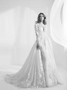 Vestido de novia abrigo extraíble. Randala
