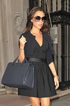 victoria beckham fashion | Victoria Beckham looks sexy in black as she leaves her Fashion Week ...