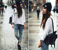 Zara Jeans, Bershka Cardigan, Vagabond Shoes, Phixi.Nl Backpack, Lamina Beanie