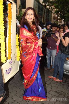Sonali Bendre looked gorgeous in a blue and red handwoven sari celebrating Ganpati Visarjan #Bollywood #Fashion #Style #Beauty