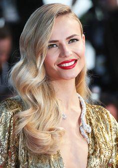 Natasha Poly - Le collier Serpent Opalescent Boucheron #Cannes2015