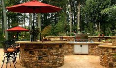 Elegant and Traditional Outdoor Kitchen