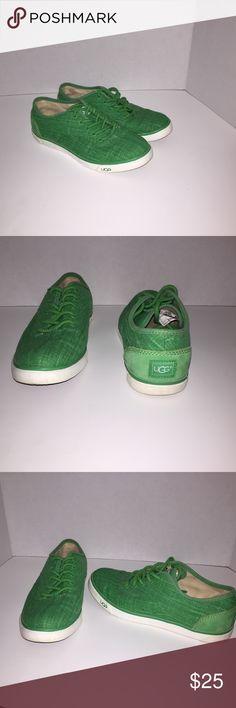 Women Ugg Australia Hally Canvas Fashion Sneaker. Women Ugg Australia fashion sneaker. No rips or tears. UGG Shoes Sneakers
