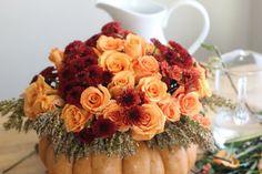 Floral Pumpkin Vase | Thanksgiving Centerpiece Ideas Fabulous & Simple DIY Tablescape by DIY Ready at http://diyready.com/floral-pumpkin-vase-thanksgiving-centerpiece-ideas/