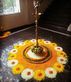 Easy Rangoli Designs Diwali, Rangoli Designs Flower, Small Rangoli Design, Colorful Rangoli Designs, Diwali Rangoli, Rangoli Designs Images, Flower Rangoli, Beautiful Rangoli Designs, Flower Mandala