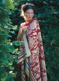 solveig hisdal sweaters | Oleana Blanket 203A
