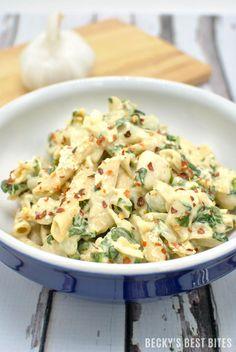 Creamy Garlic Spinach Chicken Pasta | beckysbestbites.com