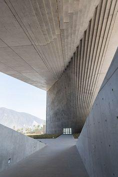 Centro Roberto Garza Design by Tadao Ando