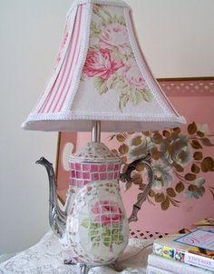 Teapot mosaic lamp