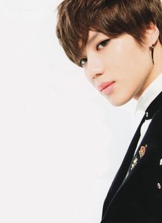 SHINee Taemin. Who do you think he is ? He's not uri cute maknae anymore... he's a sexy maknae :3