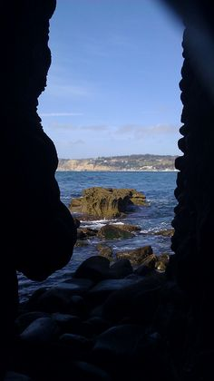 La Jolla, San Diego, California. One of the many gates to the Hedge, along the shoreline. Just be careful about the crabs...