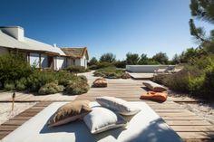architecture landscape project JM Topiaris Comporta Inspiring Landscape Project in Alentejo, Portugal: Garden in Comporta Outdoor Seating, Outdoor Pool, Outdoor Spaces, Outdoor Living, Outdoor Decor, Porches, Swimming Pool Decks, Futuristic Home, Interior Design Gallery