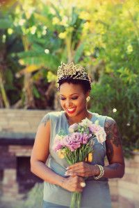 Grammy award winning singer-songwriter Chrisette Michele talks about her new website Rich Hipster, The Lyricist Opus, R&B Divas LA , and much more! Chrisette Michele, Celebrity Style Inspiration, Fashion Inspiration, Royal Beauty, Figure It Out, Getting To Know, Every Woman, Interview, Celebrities