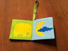 zelf een knisperboekje maken Sewing Tutorials, Sewing Projects, Sewing Patterns, Diy Quiet Books, Fabric Toys, Baby Art, Baby Kids Clothes, 4 Kids, Diy Toys