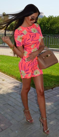 Short Bright Dress Chic Style by Laura Badura Fashion