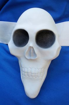 Skull Bow from Alice the Madness Returns
