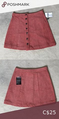 Adorable corduroy mini skirt NWT  Message me if you have any questions  Open to offers Skirts Mini Corduroy, Cheer Skirts, Pink Ladies, Mini Skirts, Best Deals, Closet, Things To Sell, Style, Fashion