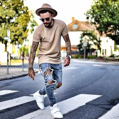 See this Instagram photo by @patrickdossantosaveiro • 2,168 likes