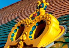 Museum of Applied Arts Budapest – the gem of Hungarian secession Art Nouveau as a style always provokes a reaction, and it is impossible to remain indifferent. Garden Items, Budapest, Outdoor Decor, Museum, Stoves, Ceramics, Ceramica, Pottery, Ovens