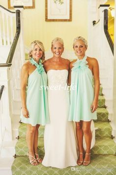 2015 Mint Short Bridesmaid Dresses Cheap Halter Hand Made Flower Chiffon Sexy Summer Beach Wedding Party Dress Plus Size Maid of Honor Dress Online with $56.4/Piece on Sweet-life's Store | DHgate.com