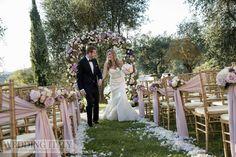 #CastelloDiModanella #PhCarloCarletti #WeddingProcession #Petals #BouquetsForChairs #WeddingArch