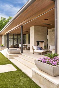 SHM Architects Radbrook Back Exterior Design Exterior, Exterior Colors, Dream House Exterior, Modern House Design, Backyard Patio, Patio Planters, Modern Architecture, Residential Architecture, Future House