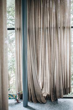 Modern Exterior, Interior And Exterior, Interior Styling, Interior Design, Home Curtains, Mid Century House, Mid Century Design, Home And Living, Window Treatments