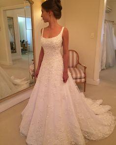 "Polubienia: 2,881, komentarze: 37 – Wanda Borges (@wanda_borges) na Instagramie: ""Natassya Otoni #vestidodenoiva #wandaborges #weddingdress"""